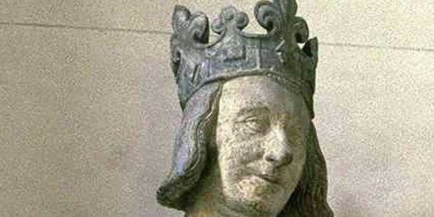 26 octobre 1358 - Le dauphin Charles V ordonne de fortifier la ville