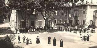 29 septembre 1906, les religieuses du Saint-Sacrement quittent l'hôpital de Romans