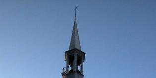15 décembre 1793 – On enlève la fleur de lys de la flèche de la tour Jacquemart