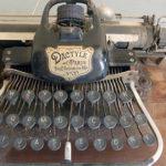 Objets d'archives – La machine à écrire de Thomé de Maisonneufve