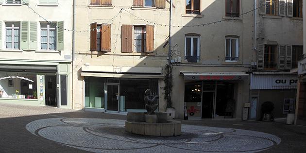 La place Fontaine Couverte