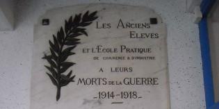 Erreurs d'inscription sur la plaque commémorative du lycée du Dauphiné à Romans-sur-Isère
