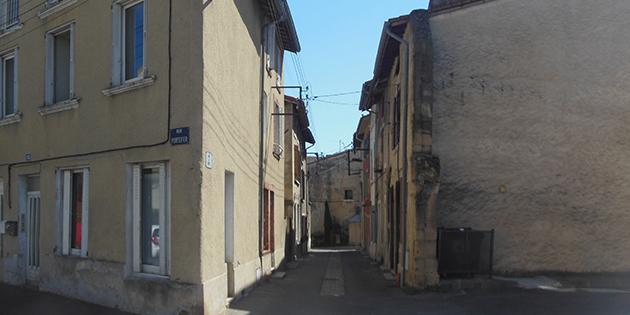 La rue du Bout et la rue Portefer