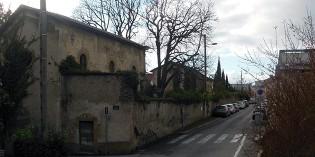 La rue Haute-Villeneuve