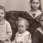 La grand-mère de Renaud Séchan immortalisée par un photographe romanais en 1888