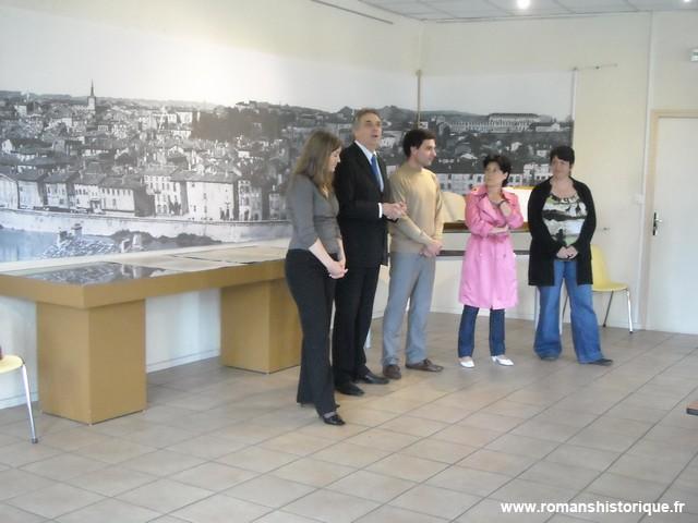 Romans sur is re d p t des archives de la ville de bourg for Cash piscine bourg de peage